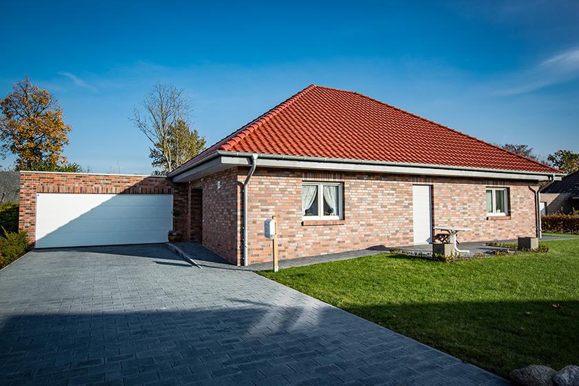 einfamilienhaus bungalow in s dkirchen neppel ein und mehrfamilienh user bauen im m nsterland. Black Bedroom Furniture Sets. Home Design Ideas